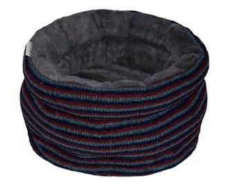 Designer cat bed, pet basket bed, small dog basket bed SOCKSY grey fur, snuggle cat bed, cat house, pet bed, cat furniture, faux fur cat bed