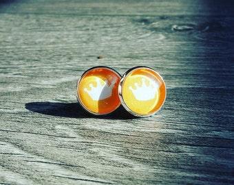 Crown earrings