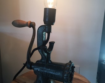 Lamp manual meat grinder