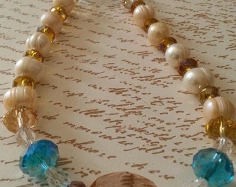 Freshwater pearl and crystal necklace.