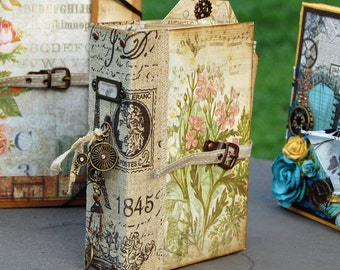 Vintage 2-Ring Binder Mini Album