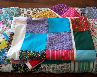 Vintage Patchwork Quilt and Two Patchwork Pillowcases