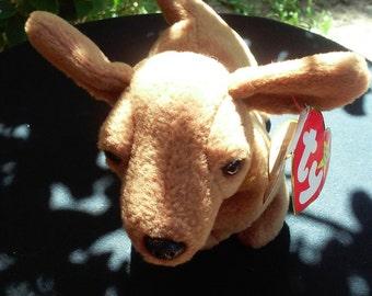 Ty Beanie Baby Weinie the Dachshund DOB 07/20/1995, Retired