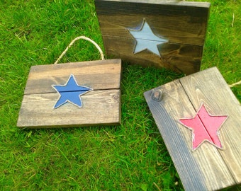 Patriotic red white and blue star wall hanging. Set of 3 perfect for 4th of July