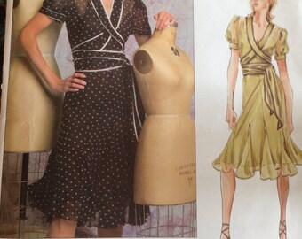 Vouge 2784 Donna Karan Wrap Dress size 6,8,10