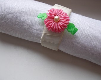 Flower napkin wraps,  napkin holders, napkin rings wedding, wedding napkin holder, napkin rings, napkin wrap, flower napkin ring