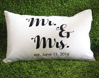 Personalized Wedding Pillow, Mr. and Mrs. Pillow, Wedding Shower Gift, Mr. & Mrs. Wedding Pillow, Wedding Anniversary Pillow, Bridal Shower