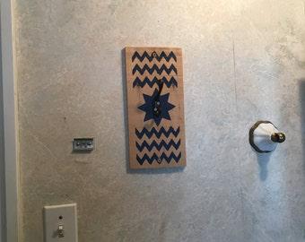 Hand towel holder