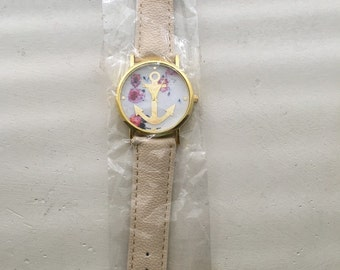 Clock of Korea color cream for women