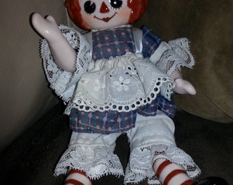 Vintage Ceramic Raggedy Ann