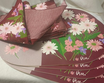 Vera Placemats and Napkins