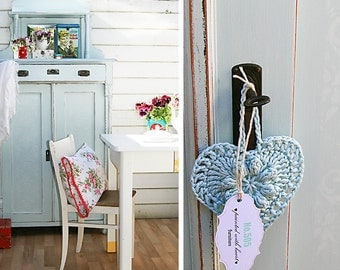 vertico Tower Shabby chic chest of drawers