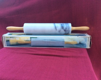 Kagerulle Med Traeholder Marble & Wooden Handled Rolling Pin with box