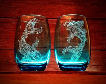 Japanese Koi Fish Blue Stemless Wine Glass Set // Wedding Gift // Birthday Gift // Blue Wine Glass // Gifts Under 40 // Hand Engraved