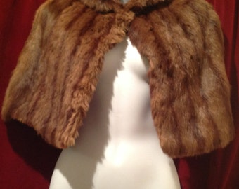Sale// Sale// 1940's / 1950'S Real Fur  Short Cape // Sale was 60.00 - now 50.00
