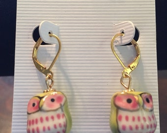 Green/pink owl earrings