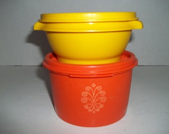 Vintage Tupperware Bowls