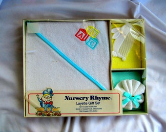 REDUCED Vintage Nursery Rhyme 5 Piece Layette Gift Set  49