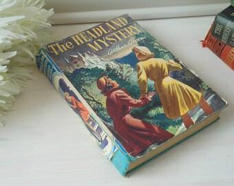 The Headland Mystery by Arthur Groom. Hardback book with dustjacket. Illustrated.