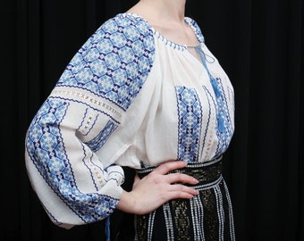 Romanian Embroidery blouse, blue embroidery,hippie blouse, boho blouse, hand embroidered, cotton, la blouse roumaine, Matisse, natural fiber