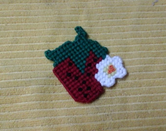 Handmade plastic canvas free shipping Strawberry with flower magnet