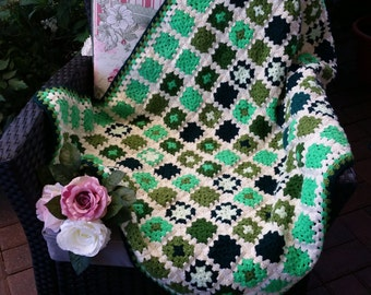 Granny square blanket crochet blanket beautiful Grannydecke