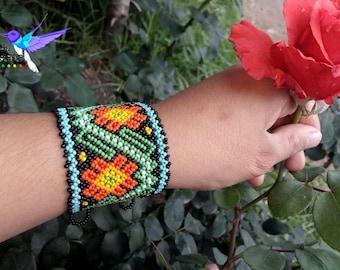 Bracelet Peyotes Huichol - bracelet huichol-Artesanía Mexicana - jewelry artesanal-Hecho huichol-Chaquira in Mexico
