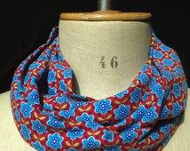 Child infinity scarf, circle scarf in red and blue flowers