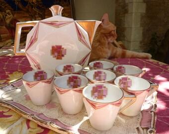 Service à café art deco, tons blanc, doré et roses