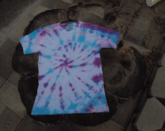 Adult Small Tye Dye Shirt