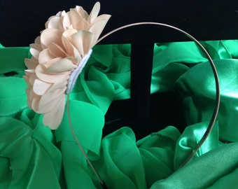 Beige flower headband