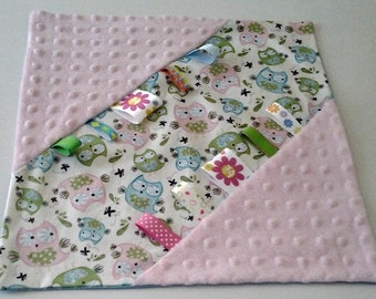 TAGGIE BABY BLANKET - Girl