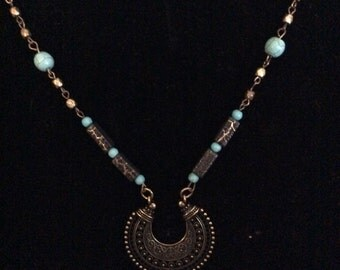 Broken circle with turquoise