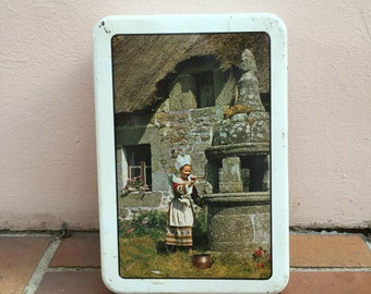Vintage retro french metal box cute sugar biscuits bretagne