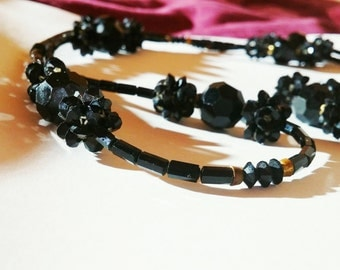 Beautiful metal detailed beaded necklace