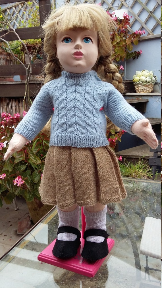 Zisa doll handknitted outfit with skirt and jumper