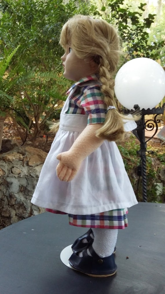 Checkered dress with apron