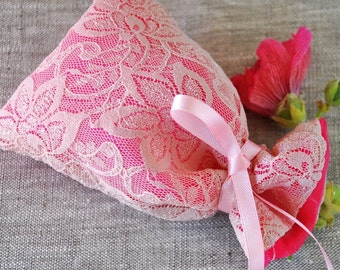 Set of 15 (+1) Pink Wedding Favor Bags, Gift Bags, Lace Bags, Pink lace wedding favor bags