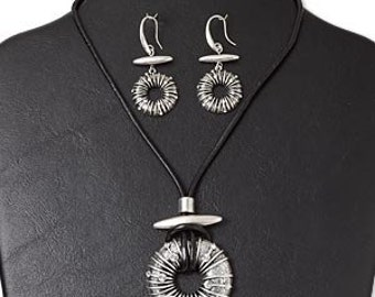 Silver finished Necklace and earring set