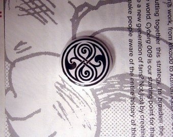 "DOCTOR WHO Seal of RASSILON 1"" pinback button"