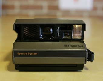 Polaroid Camera (refurbished new with frog tongue included)