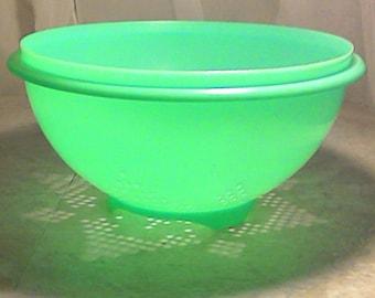 Vintage Tupperware Colander in Jadeite or Mint Green