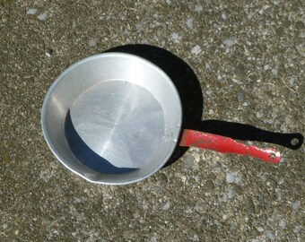 Toy aluminum frypan and kettle