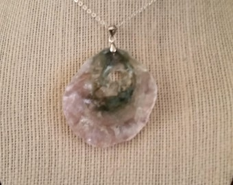 Oysters shell necklace/Pendant P (18)