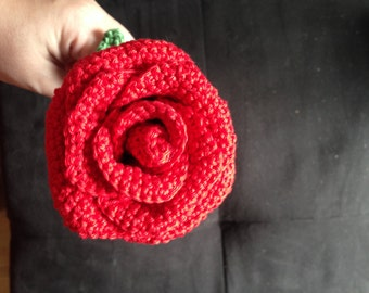 Crochet rose with stem