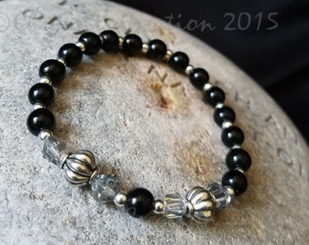 Beaded Stretch Bracelet Handmade Glass in Black and Silver