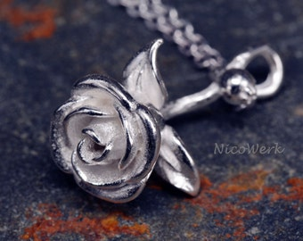 Silver necklace with pendant rose necklace ladies jewelry 925 Silver necklace SKE144