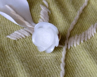 """Shop """"breastmilk jewelry"""" in Brooches"""