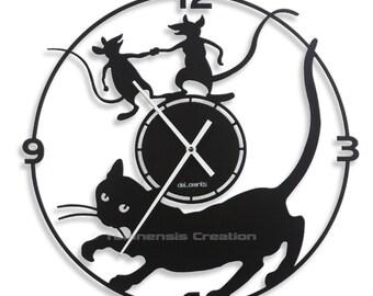 Cat clock Mistigri