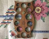 Owl embroidery floss organizer - cherry